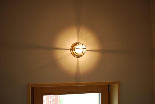 日東マリンランプ 暮らしを照らす