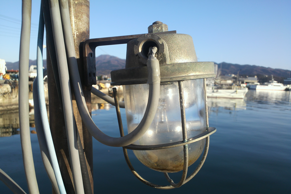 日東マリンランプ船舶照明酸化